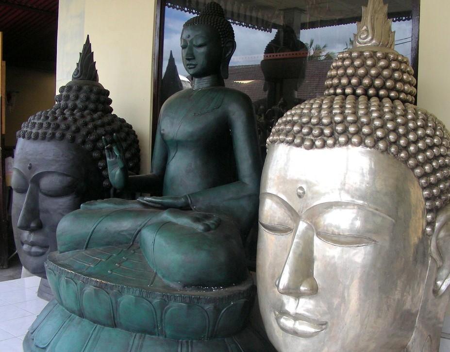 estatuas bronce orientales
