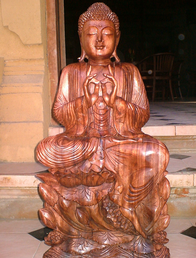 estatuas madera orientales