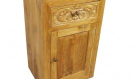 En madera de teca tallada a mano